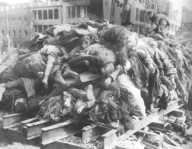 Russians-collected-bodies-3-weeks-after-Dresden-1023x795.jpg